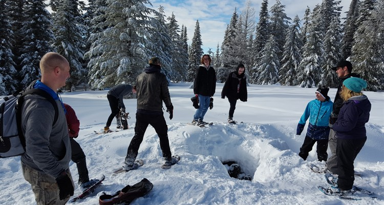 Students Snowshoeing at Mt. Spokane